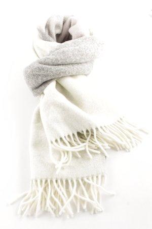 Cinque Fransenschal hellgrau-wollweiß Farbverlauf schlichter Stil