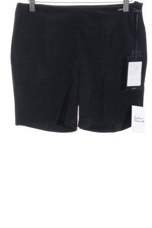 Cinque Pantalón corto de talle alto negro estilo minimalista