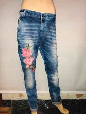 Cipo&Baxx Jeans Hose Boyfriendjeans in gr 40 Rosen 3D