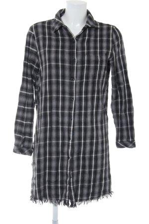 Circle of Trust Shirtwaist dress check pattern casual look