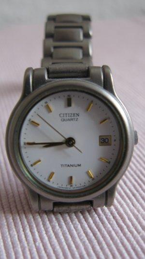 Citizen Horloge met metalen riempje grijs