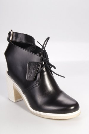 Clarks Ankle Boots schwarz