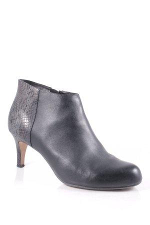 Clarks Ankle Boots schwarz klassischer Stil