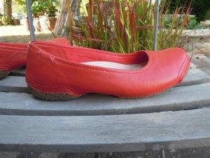 Clarks Ballerinas Echleder Rot Gr. 4,5  Gr. 37