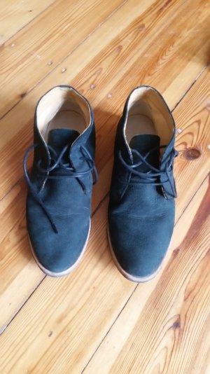 Clarks Desert Boots +++ Schwarzes Veloursleder +++ Gr. 38