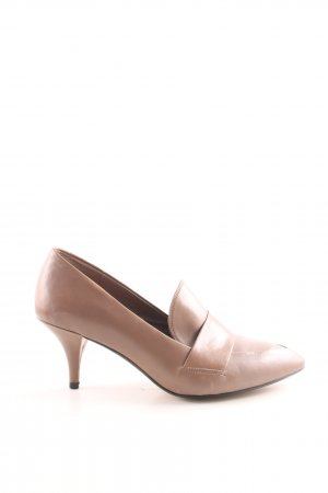 Clarks High-Front Pumps brown business style