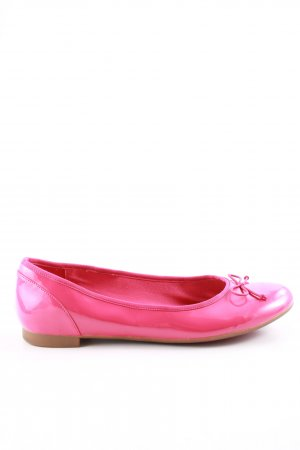 Clarks Patent Leather Ballerinas pink casual look