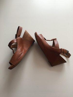 Clarks Sandalen Leder 37 Keilabsatz Plateauabsatz Braun kamel