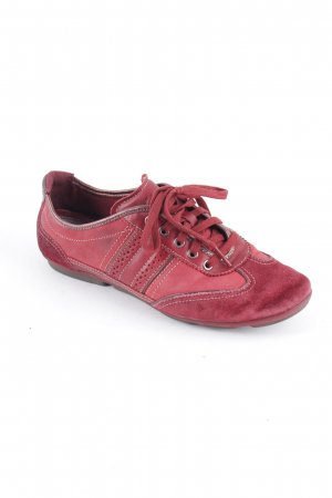 Clarks Lace Shoes carmine casual look