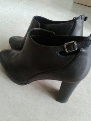 clarks Schuhe Gr. 40 schwarz