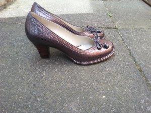 Clarks Schuhe mit einem Absatz