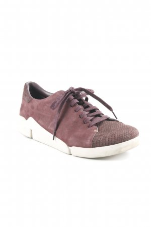 Clarks Skaterschuhe brombeerrot Animalmuster Casual-Look
