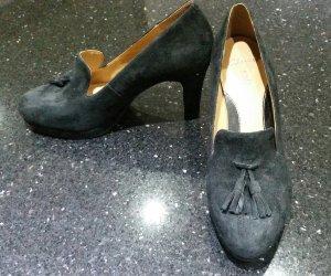 Clarks Softwear Pumps Wildleder Stiefeletten schwarz mit Quasten 38 5