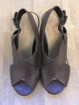 Clarks softwear: sehr ausgefallene Sandalette mit außergewöhnlichem Absatz