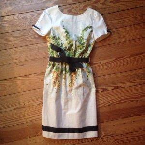CLASS Roberto Cavalli, off-white Kleid mit Efeuranken/schwarzen Bändern