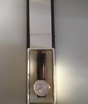 Daniel Wellington Horloge met lederen riempje roségoud-donkerbruin