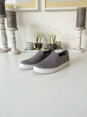 Classic Slip On Sneaker grau Größe 37 von Graceland