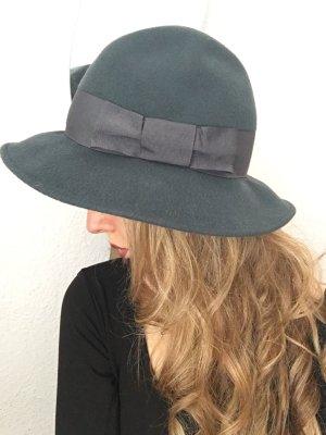 Chapeau en laine bleu pétrole