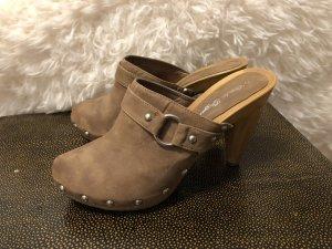 Claudia Ghazzani Heel Pantolettes light brown