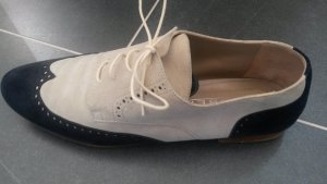 Claudia Wingtip Shoes natural white