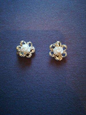 Pendientes de clip color oro-crema