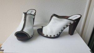 Clogs aus Leder weiß