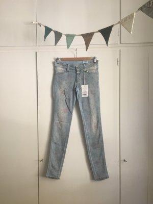 Closed | Ausgefallene Jeans | Skinny Mid Waist | Hellblau mit Blumenprint | Gr. 26