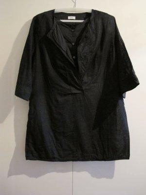 Closed Short Sleeved Blouse black linen