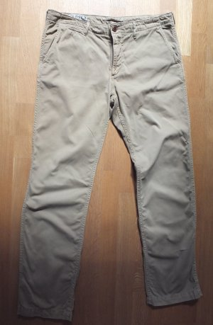 Closed Chino beige JODIE Gr. 48 ( ital.), Gr.44 (deutsch)