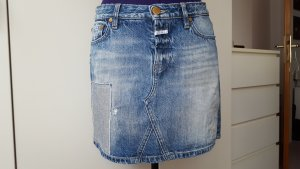 Closed demin skirt, size 27