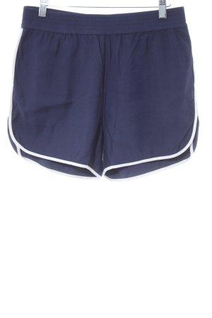 Closed High-Waist-Shorts dunkelblau-weiß sportlicher Stil