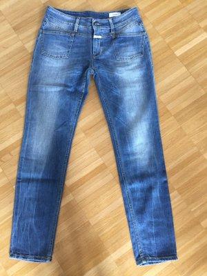 Closed Jeans aus weichem Jeansstoff in Jeansgröße 27