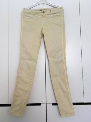 Closed Jeans, verwaschene Optik, blass gelb. Gr. 27