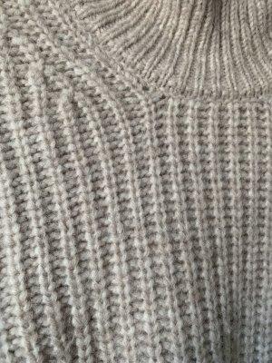 Closed kuscheliger Alpaca Strick Pullover
