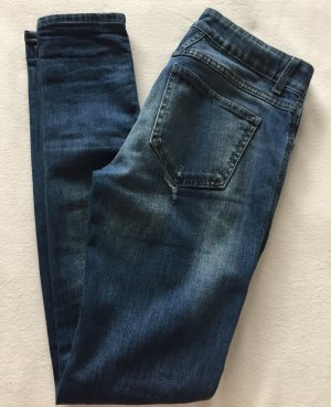 CLOSED PEDAL STAR Jeans Blau Used Look tolle Details W27