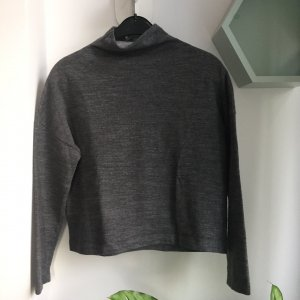 Closed Pullover Gr. S grau cropped