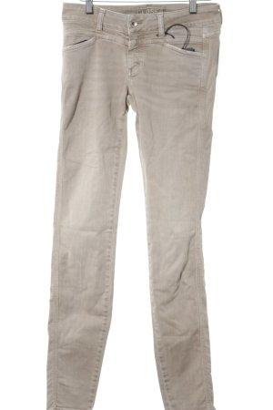 Closed Slim Jeans beige Street-Fashion-Look