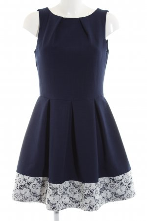 Closet Cocktail Dress blue-white flower pattern elegant