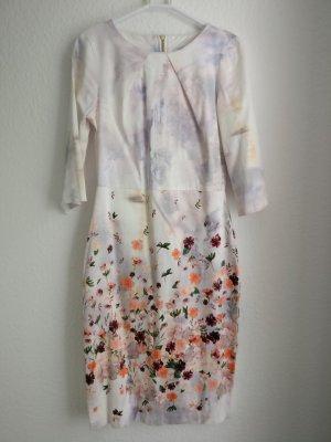 Closet Kleid mit Floraldruck Gr. 36 / 38