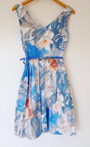 Closet Kleid mit floralem Muster