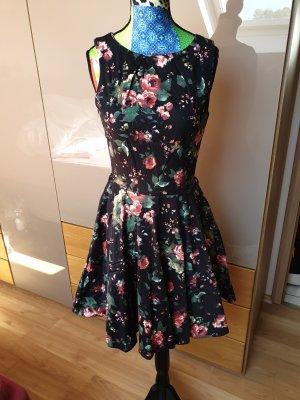 1c08cbd7116952 Closet Kleider günstig kaufen | Second Hand | Mädchenflohmarkt