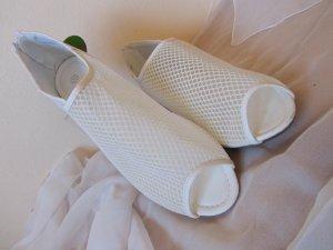 CLOWSE: Sommerschuhe in weiß mit etwas Glitzer Gr. 38