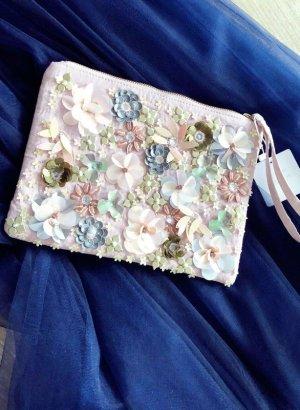Clutch Handtasche von New Look rosa 3D Blumen