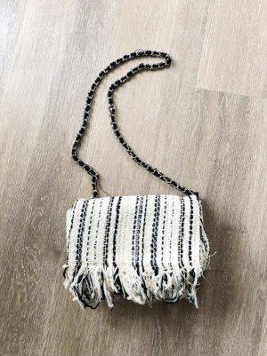 Clutch Handtasche von Zara Bouclé Fransen Kette