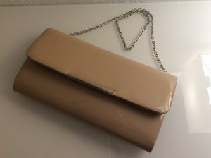 Clutch im Nude-Lack-Look