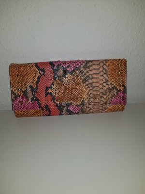 Clutch in Schlangenprint
