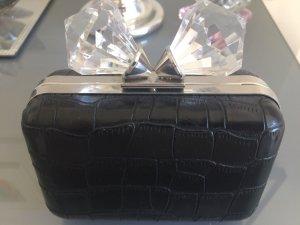 Clutch in schwarzer Krokodilleder Optik mit Diamant Aufsatz