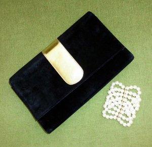 Clutch  +  Perlenarmband   Abendtasche schwarz gold  Wildleder