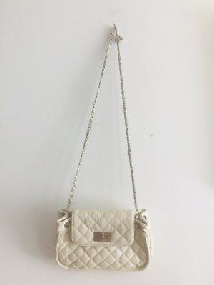 Clutch Pochette Chanel Stil von Topshop Creme