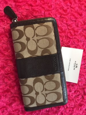 Coach signature accordion zippy wallet